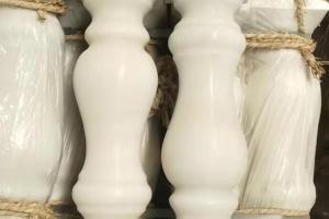 汉白玉花瓶柱