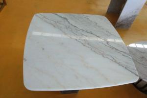 白色天然大理石桌面