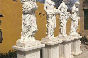 四季女神雕塑